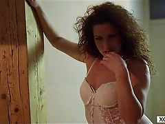 Mature MILF making striptease - XCZECH.com