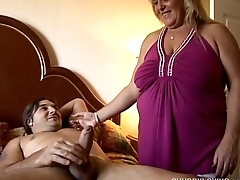 Beefy blonde beauty loving to suck cock and eat cum