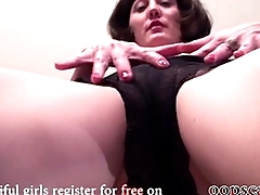 amateur american mother with hairy pussy            www.oopscams.com