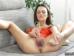 Peculiar czech nympho gapes her juicy muff to the special